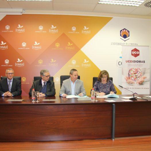 Ucoidiomas y la Hermandad de La Sagrada Familia de Cajasur firman un convenio de colaboración