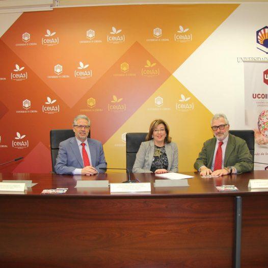 UCOidiomas y la Cámara de Comercio de Córdoba firman un convenio de colaboración