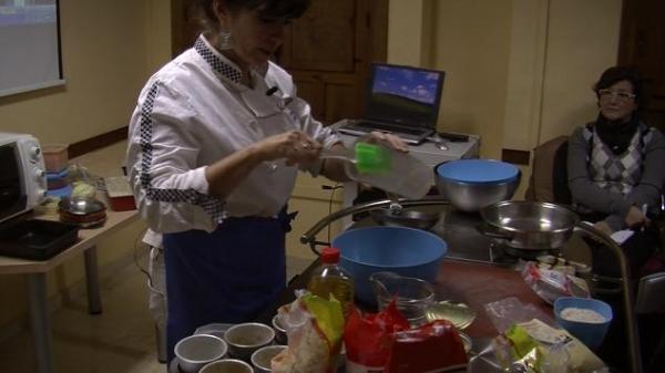 Seminario de cocina en la Cátedra Intergeneracional