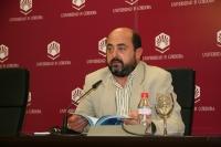 Manuel Torres presenta la memoria de actividades de la Cátedra Unesco