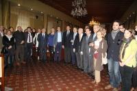 Foto de familia de asistentes al primer encuentro Universidad-Colegios Profesionales