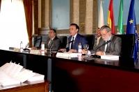 De izquierda a derecha, Antonio Arenas, José Carlos Gómez Villamandos y Salvador Blanco Rubio