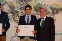 Emilio de Dios Berna, recibiendo el premio.