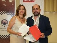 La presidenta del Consejo Social, Anabel Carrillo, y el vicerrector de Estudiantes y  Cultura, Manuel Torres