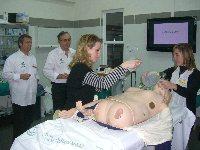 24 profesionales perfeccionan su entrenamiento en situaciones de emergencia sanitaria
