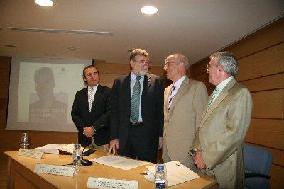 Homenaje al ex rector de la Universidad de Córdoba Alberto Losada Villasante