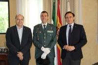 De izquierda a derecha, el vicerrector de Coordinación Institucional e Infraestructuras, Antonio Cubero, el teniente coronel Carretero Lucena y el rector José Carlos Gómez Villamandos