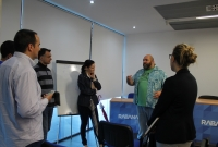 Tony Jiménez charla con los asistientes