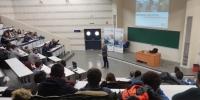 Un momento de la conferencia inaugural impartida en el Aulario del Campus de Rabanales