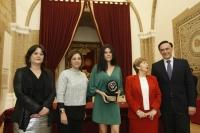 De izqueirda a derecha, Lola Fernández, Isabel Ambrosio, Mónica García Prieto, Antonia Parrado y José Carlos Gómez Villamandos