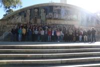 Foto de familia de los participantes hoy de Café con Ciencia en Rabanales