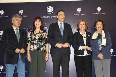 De izquierda a derecha, Julio Neira, Mª Ángeles Naval, María Rosal y Mª Dolores Ortiz Baena, minutos antes de dar a conocer el fallo del jurado
