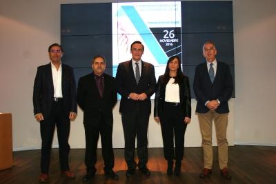 En el centro el rector con las autoridades que participaron en la apertura de las Jornadas
