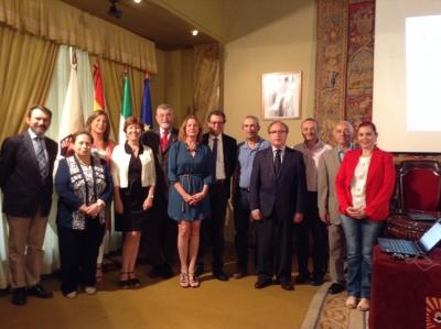 Miembros del Consejo,  una vez finalizada la sesión