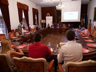 Un momento de la presentación del Foro Único al Consejo de Alcaldes y Alcaldesas de la provincia de Córdoba