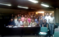 Foto de familia de participantes en el Taller de Empresas