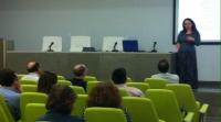 La profesora Andrea Nagy en un momento de su intervención