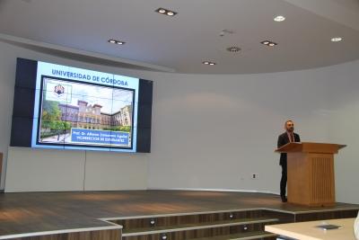 El vicerrector de Estudiantes de la UCO, durante su intervención en las jornadas celebradas hoy