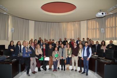 Foto de familia de los participantes en las jornadas