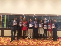 El equipo de la UCO al completo portando el dossier de la candidatura para 2016