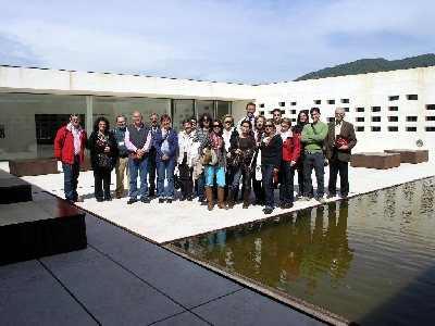 Profesores, alumnos y PAS de Filosofía inician un programa de visitas a Medina Azahara