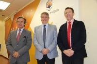 De izquierda a derecha, Alfonso García-Ferrer, Lorenzo Salas y Eulalio Fernández, antes de la rueda de prensa