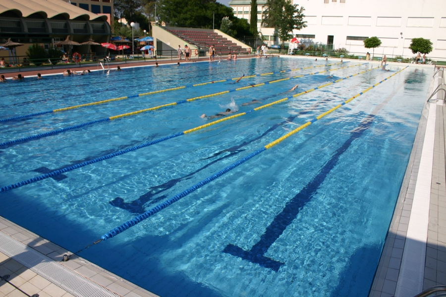 Aplazadas las pruebas de nataci n del trofeo rector for Piscina de natacion