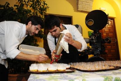 Tras la proyección de la película se sirvió un aperitivo ofrecido por Bodegas Campos
