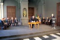 Jose Manuel Roldán suscribe el acuerdo