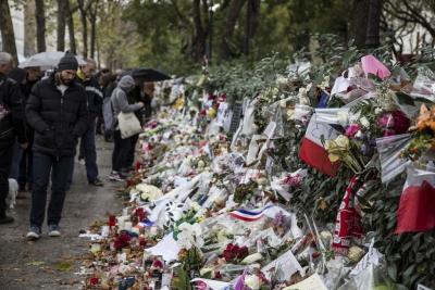 Homenaje ciudadano a las víctimas de los atentados de París