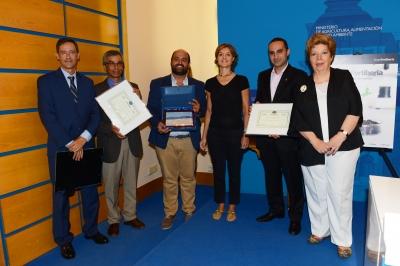 Carlos Cañasveras (el tercero por la izquierda), en la foto de familia con autoridades y premiados