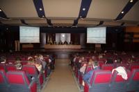 Vista general del salón de actos durante la sesión ordinaria de Claustro celebrada hoy