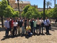 Foto de familia de los participantes en la visita