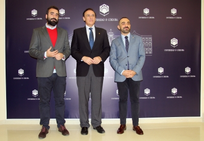 De izquierda a derecha, Alberto Mayoral, José Carlos Gómez Villamandos y Alfonso Zamorano.