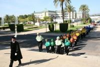 La comitiva hace la entrada en el Salón de Actos Juan XXIII