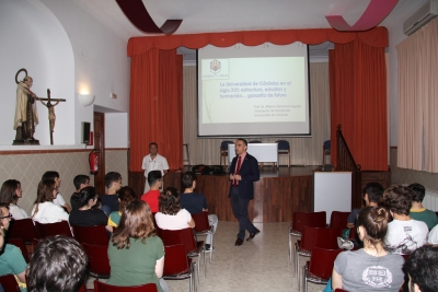 Alfonso Zamorano durante su intervención