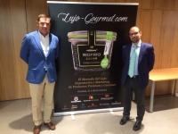 Fernando Molina, gerente Andalucía Oriental de Cosentino, patrocinador del evento, y Antonio Ruiz, director del curso