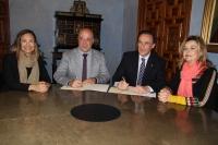 De izqda. a dcha., Ana Guijarro, Antonio Ruiz, José Carlos Gómez Villamandos y Rosario Mérida