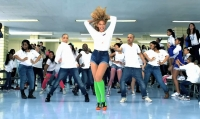 Beyonce en move  your body