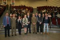 Estudiantes de secundaria contactan con los científicos de la base militar española en la Antártida