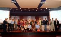 Autoridades y representaciones, con los premiados
