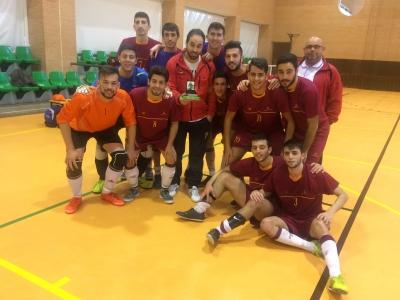 Equipo de fútbol sala masculino ganador de la medalla de bronce en los CAU