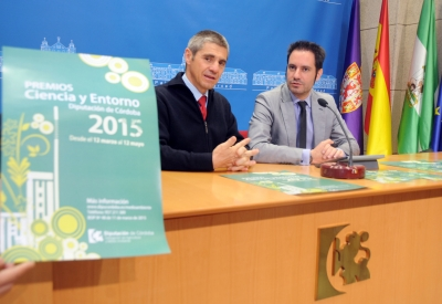 De izquierda a derecha, Julio Berbel y Julio Criado, durante la presentación de los premios