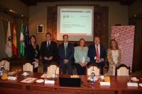 Autoridades en la inauguración del Programa 'Café Social'