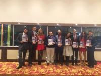El equipo de la UCO que acudió al Mundial de Debate en Bogotá, portando el dossier de la candidatura presentada.