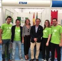 La ETSIAM presenta su oferta formativa en la III Feria Comercial y Agrícola de Herrera