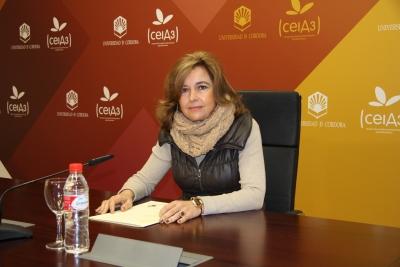 La vicerrectora de Vida Universitaria y Responsabilidad Social, Rosario Mérida, durante la presentación del certamen