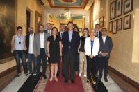 En el centro, Ambrosio y Gómez Villamandos, junto a integrantes del equipo de gobierno de la UCO.