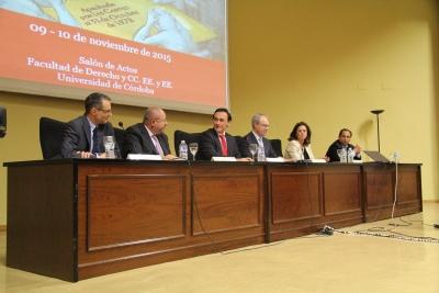 De izquierda a derecha, Manuel Izquierdo, Manuel Torralbo, José Carlos Gómez Villamandos, Juan Pablo Durán, Mercedes Fernández Ordóñez y Miguel Agudo, en la sesión inaugural