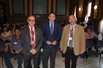 De izquierda a derecha, Victor Pavón, José Carlos Gómez Villamandos y Francisco Borge, en la inauguración de las jornadas